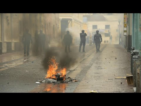 صدامات بين محتجين وقوات الأمن بعد إعلان حالة الطوارىء في الإكوادور