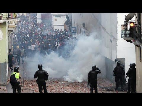 محتجون يقتحمون مقرّ البرلمان في الإكوادرو مع تصاعد حدة التظاهرات