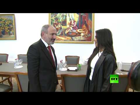 كيم كارداشيان في ضيافة رئيس وزراء أرمينيا