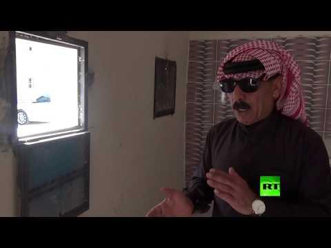 فنان سوري شهير يتبرع بالخبز لمحتجين