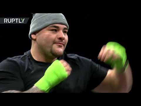 فيديو يظهر تدريب الملاكم البريطاني أنطوني جوشوا والأميركي أندي رويز