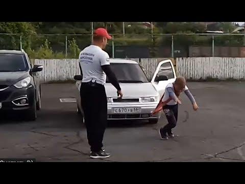 صبي عمره 11 سنة يجر سيارة