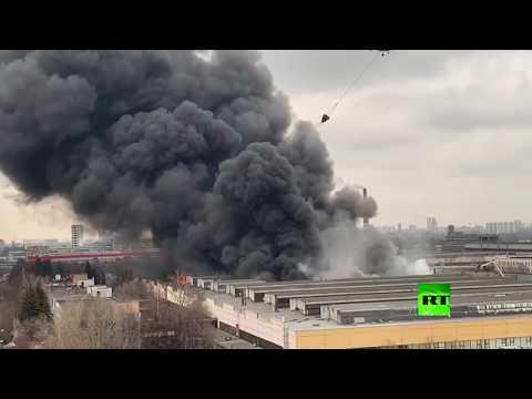 مروحيات تشارك في إطفاء حريق هائل في موسكو