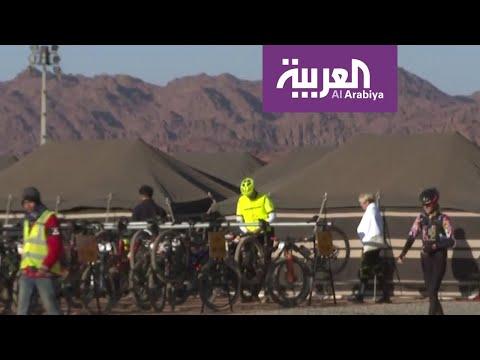 شاهد 150 دراج عالمي يشاركون في منافسات سباق الدراجات في جبال أجا السعودية
