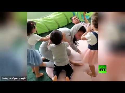 شاهد مشهد جديد من مداعبات كريستيانو رونالدو وأطفاله